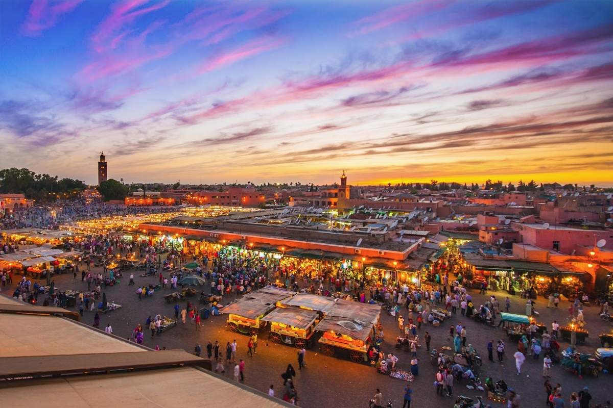 place-jemaa-el-fna-marrakech-tombee-de-la-nuit