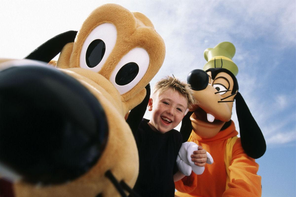 Goofy and Pluto at Disney World