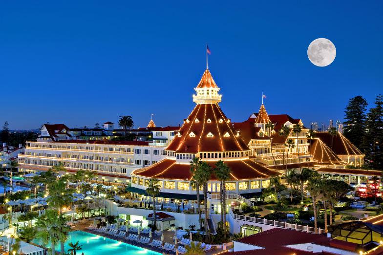 Holiday lights at Hotel Del Coronado