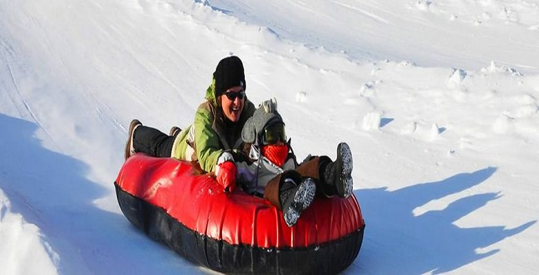 snow tubing with kids: Camelback Mountain