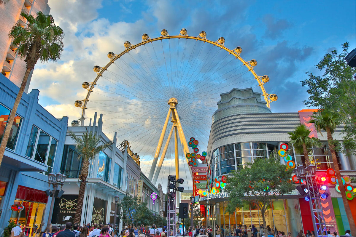 LINQ Promenade is one of Vegas' kid-friendly attractions for hip families.