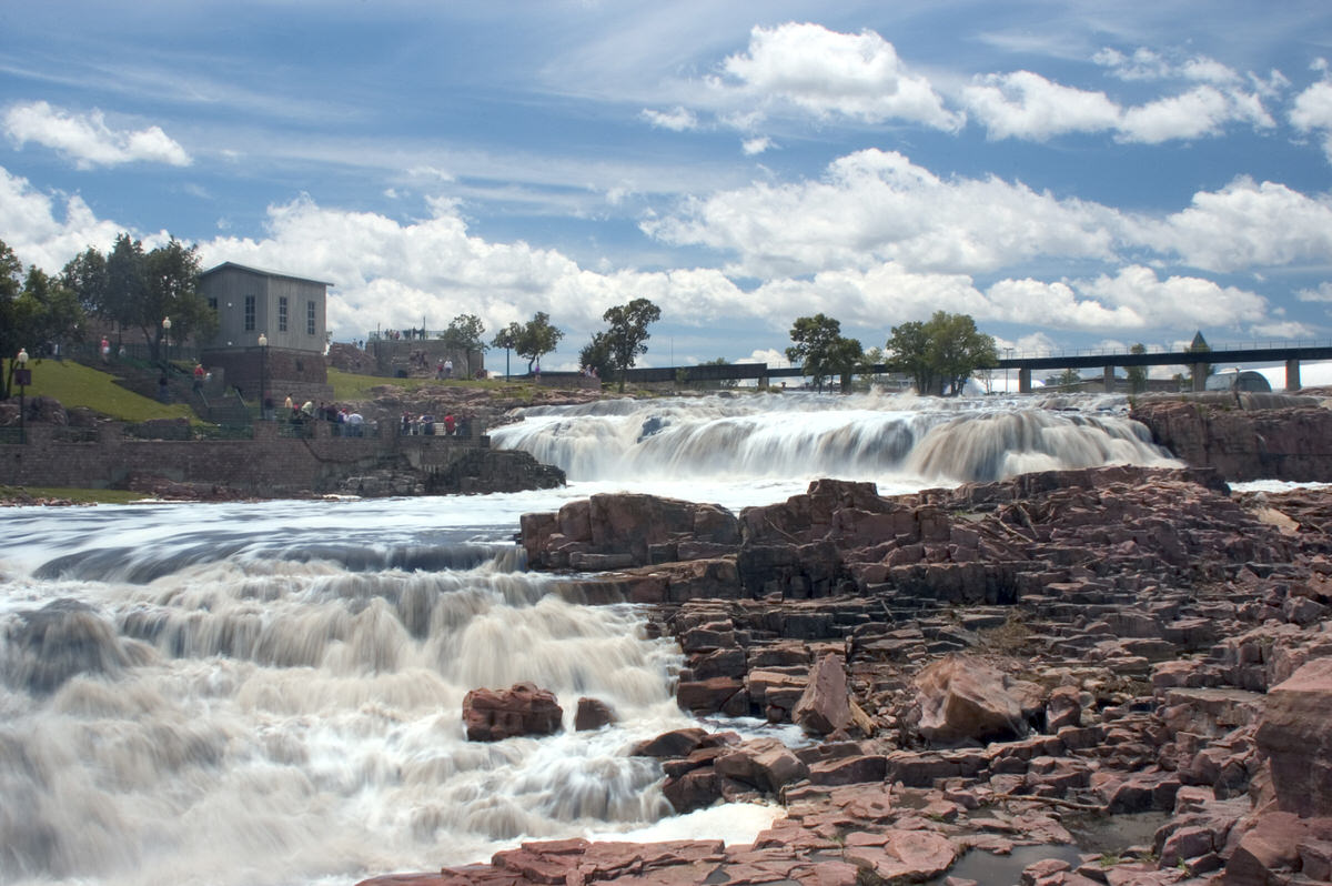 Stop by Sioux Falls when on family road trip down I-90 in South Dakota.