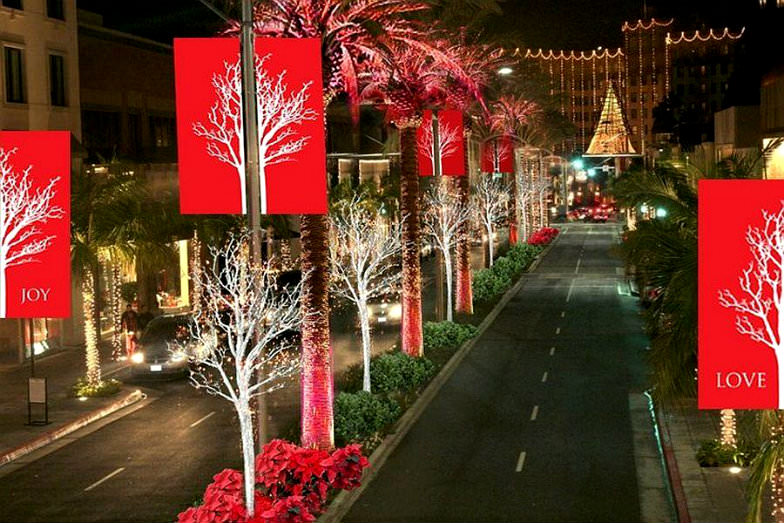 Holiday Lighting in Rodeo Drive