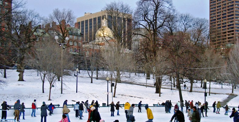 cool skating rinks: Boston Common Frog Pond