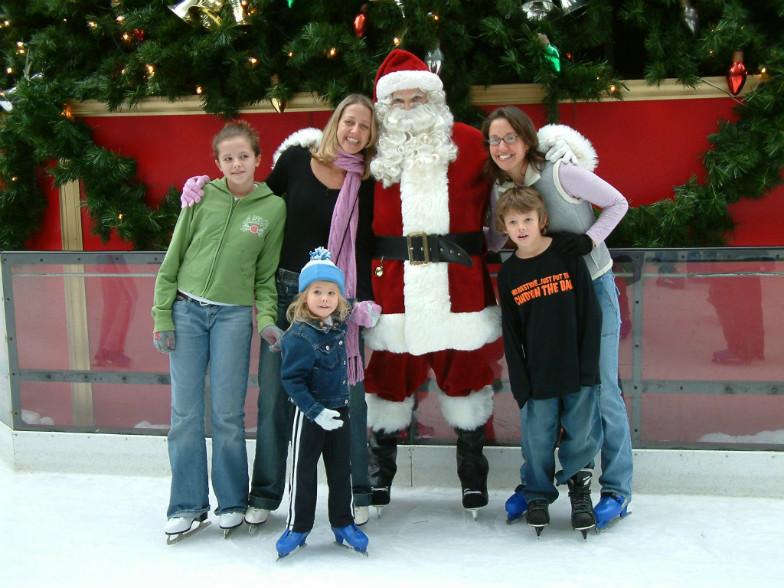 Skating Santa in Pittsburg