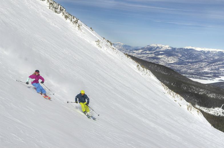 Top ski resorts for families in Colorado
