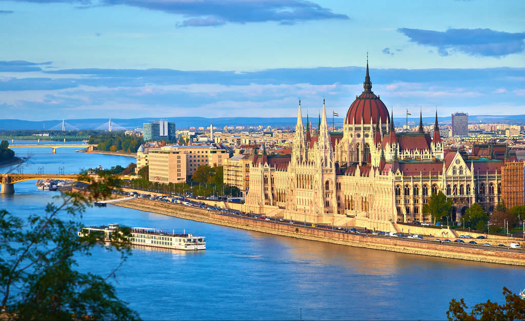 There are many historical, cultural and just fun things to do in Budapest with kids.
