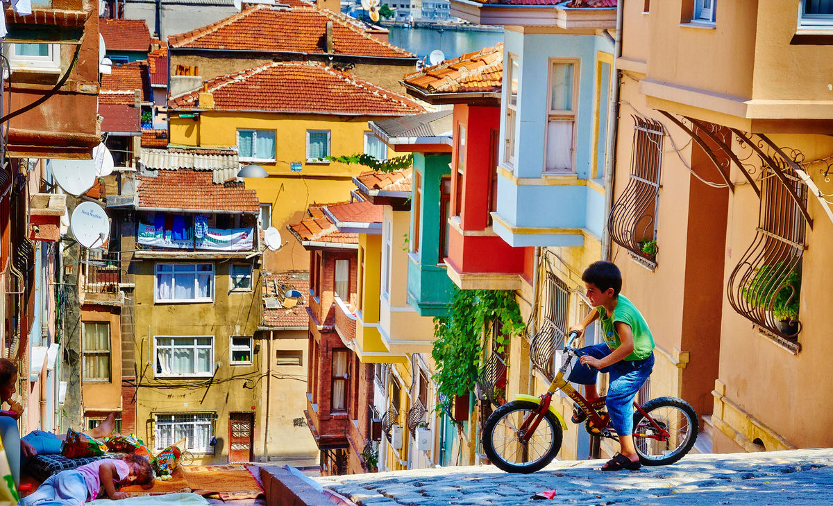 Istanbul, Turkey street view of the famous area of Fatih
