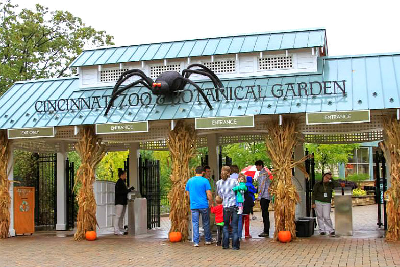 HallZOOween at the Cincinnati Zoo