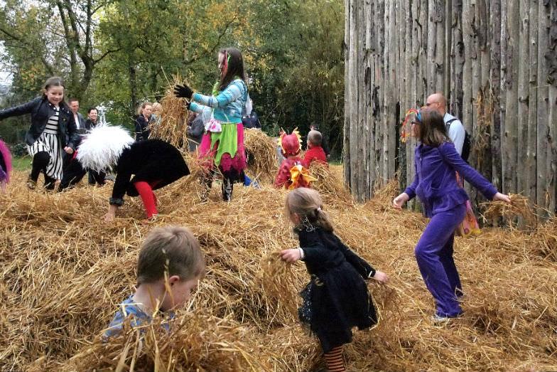 Halloween straw play at Bunratty Village