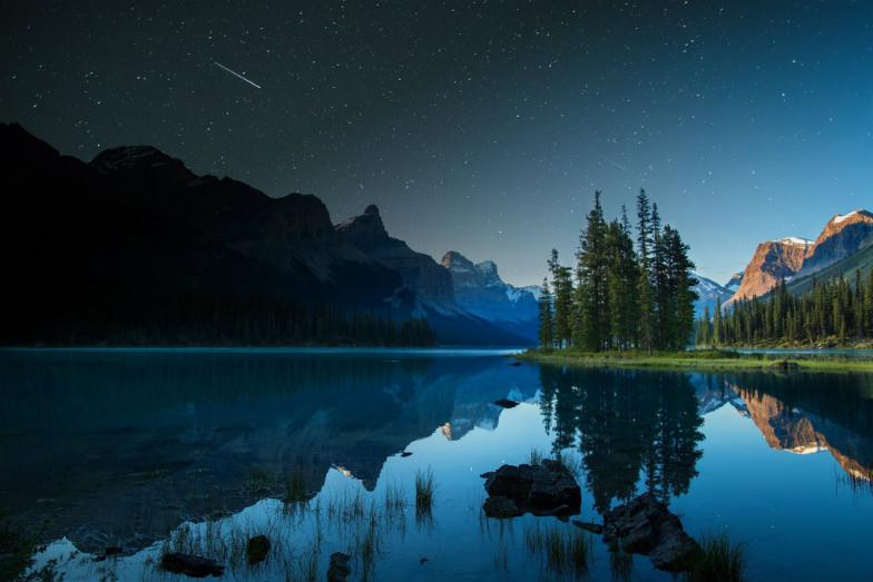 Maligne Lake in Jasper National Park