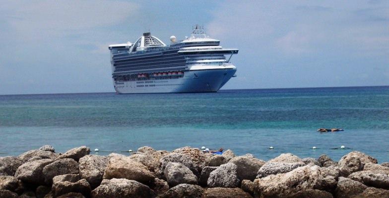 Caribbean travel tips during hurricane season