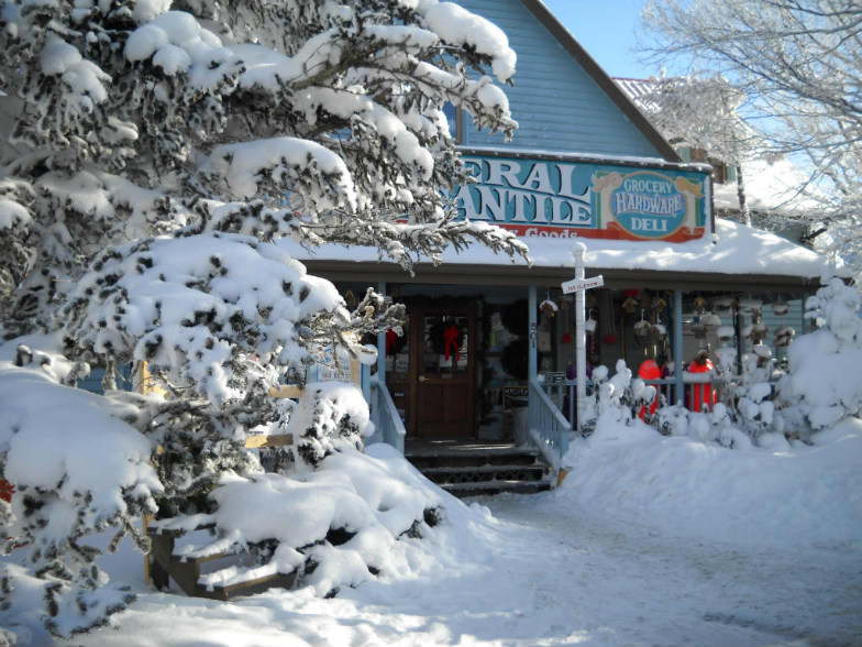 Fred's General Mercantile in wintertime