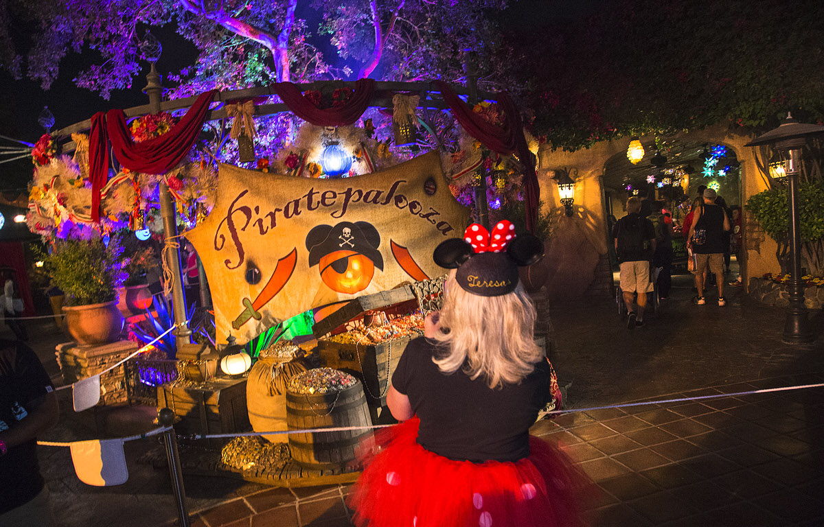 Mickey's Halloween Party at Disneyland Anaheim