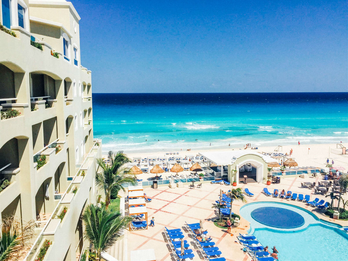 View from a suite balcony at the Gran Caribe Cancun.