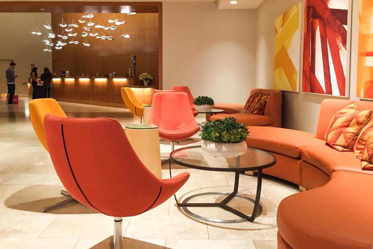 Hotel Irvine, main lobby
