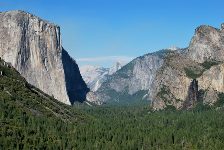 Yosemite National Park's famous Tunnel View