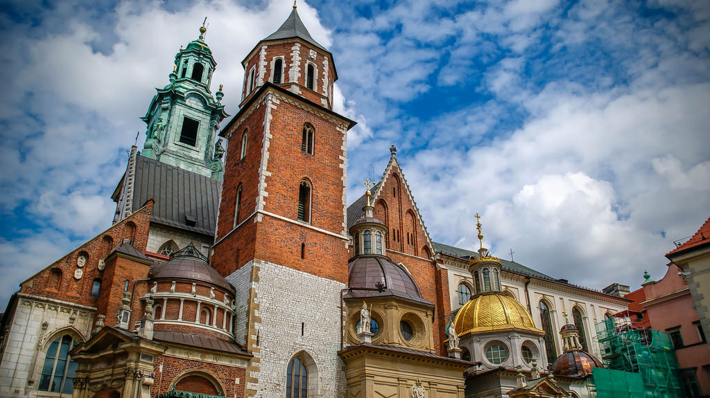 Wawel Castle and the Wawel Cathedral are must adds to your list of things to do in Krakow for kids.