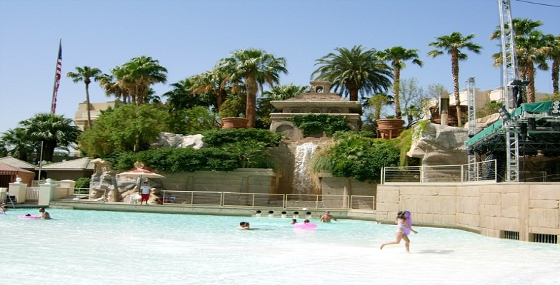 Vegas hotel pools: Mandalay Bay