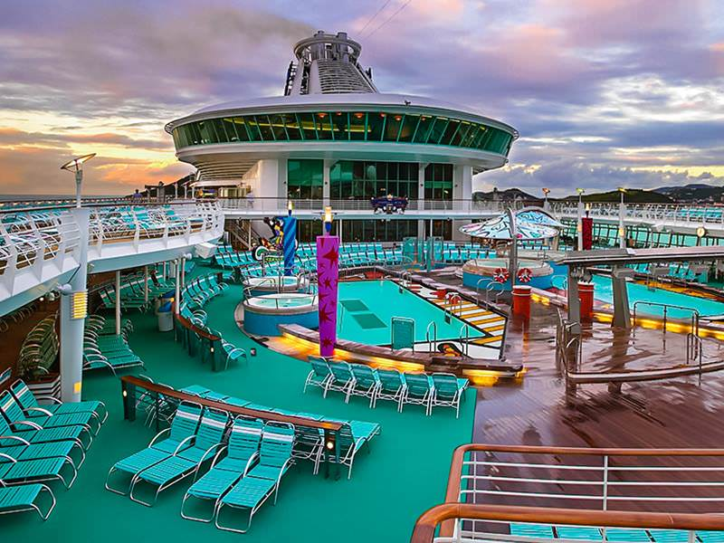 Cruise with the Royal Caribbean