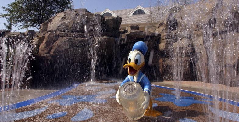 Saratoga Springs Resort Fountain