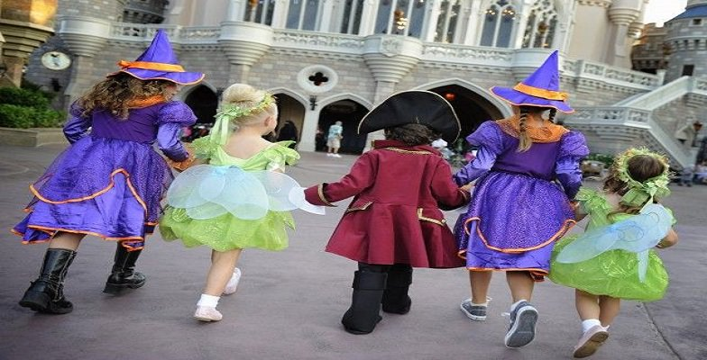 best Halloween theme park events 2013