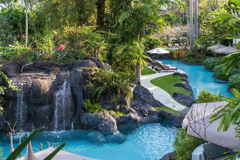 Colony Club Pool Garden