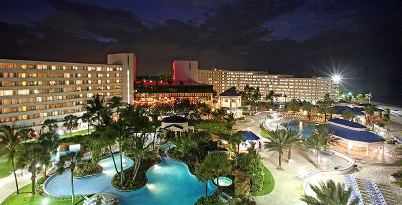 Bahamas hotel pools: Melia Nassau Beach Resort