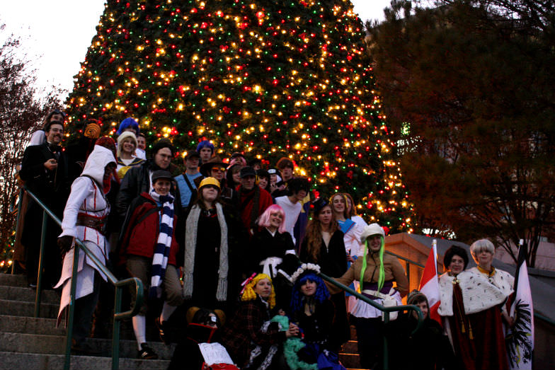Christmas tree and carolers at Centennial Olympic Park