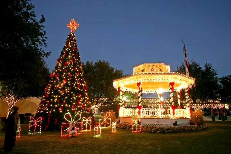 Great Texas attractions to celebrate the festive season
