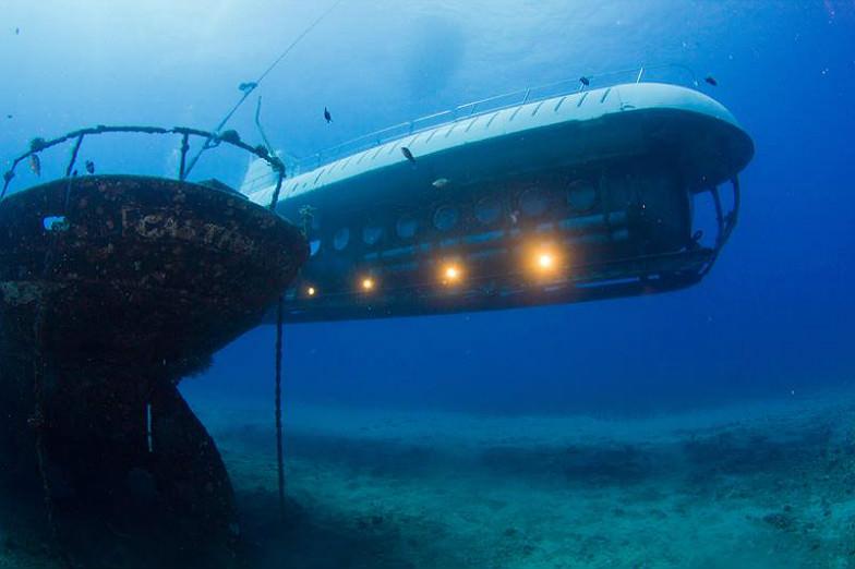 Atlantis Submarine in Oahu