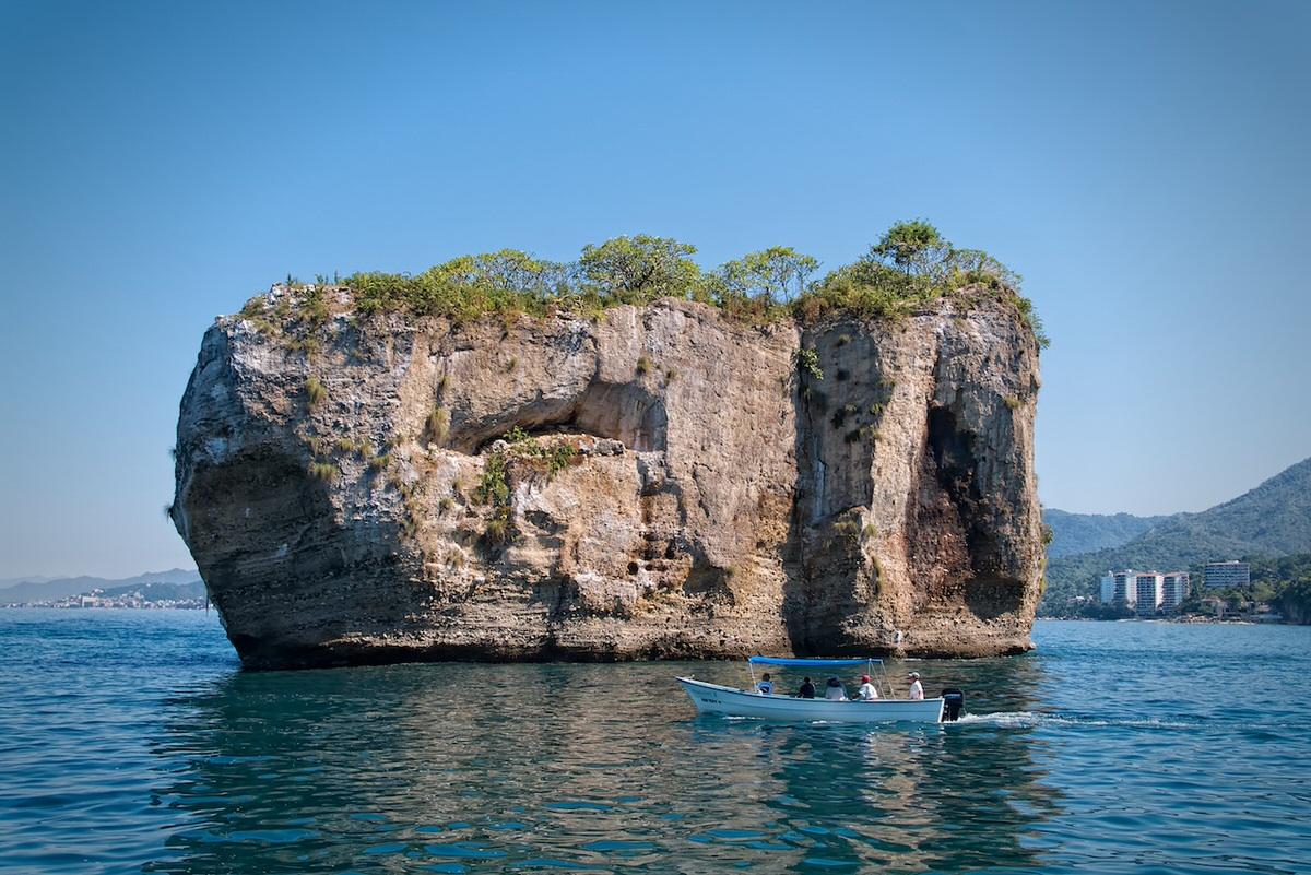 Los Arcos Marine Park